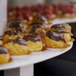 Mini eklerki z kremem czekoladowym - catering dla firm Warszawa