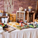 Przyjęcie rodzinne – restauracja czy catering?